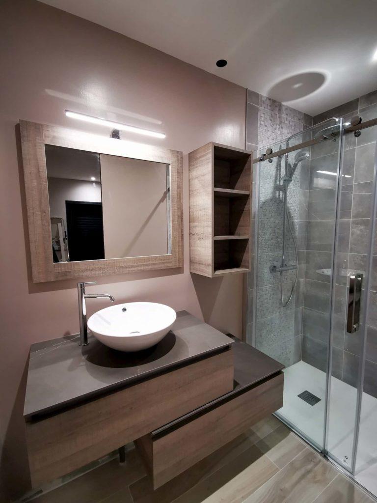 salle de douche suite parentale bois et céramique